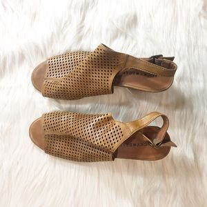 Lucky Brand Leather Slingback Stacked Heel Size 10